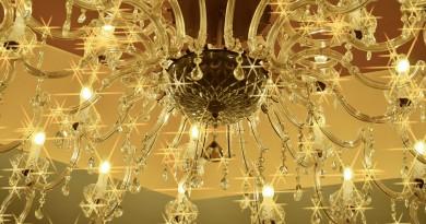 Alcuni suggerimenti sulla pulizia dei lampadari a gocce