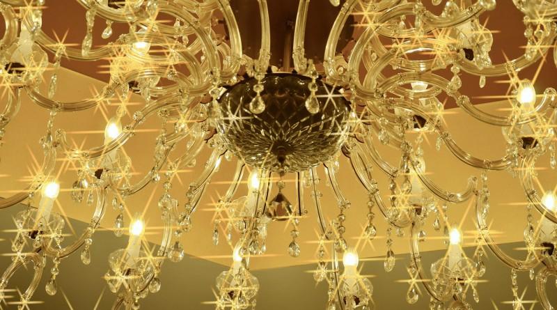 pulizia lampadario a gocce